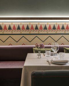 Table at restaurant Balausta